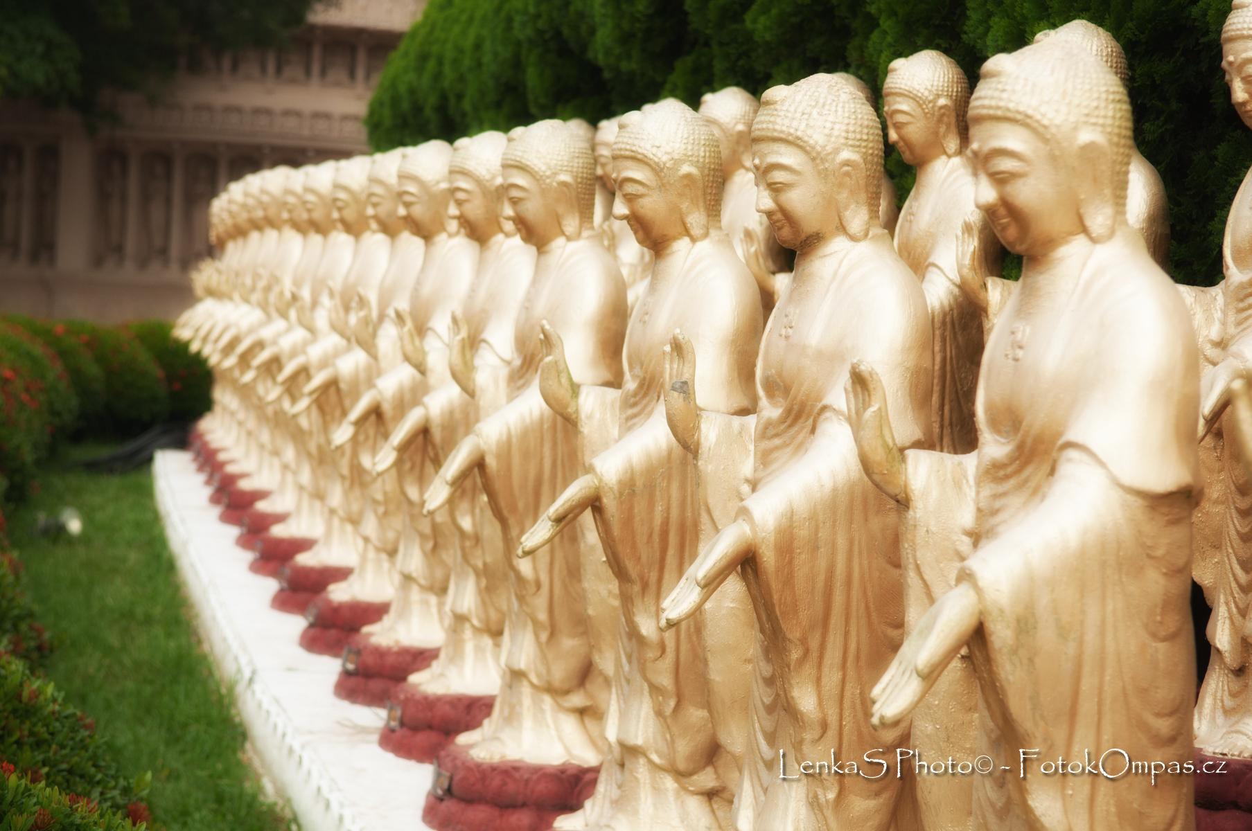 Tapeta na PC - Buddhové